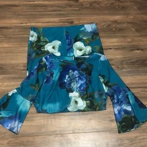 Calvin Klein sz 12 floral dress with bell sleeve